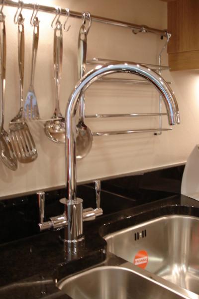 Hitchings Thomas Ltd Aberdare Bathrooms Kitchens Sinks Taps